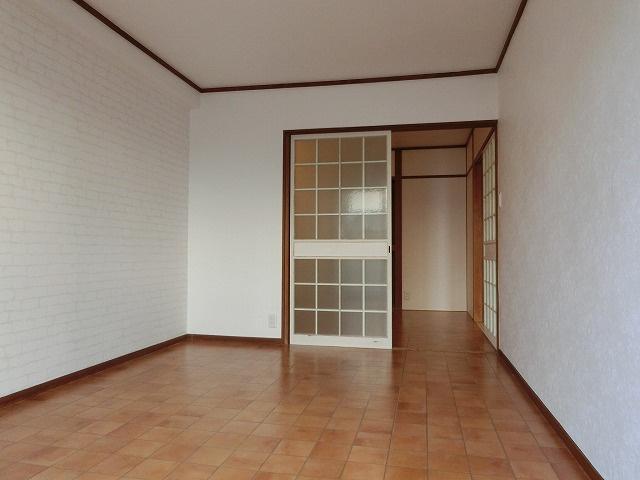 小松マンション 洋室