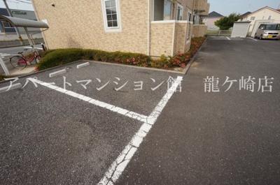 【駐車場】カリーノ