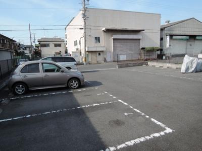 【駐車場】カサベルデ B棟