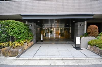 【エントランス】コスモ学芸大学