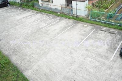 【駐車場】ウッディパレスフジ
