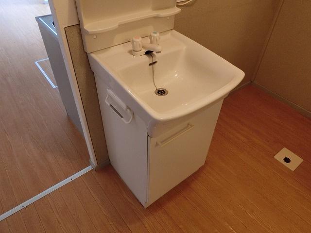 【独立洗面台】ハイツフローラ