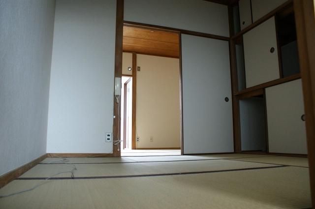 【居間・リビング】シスターハイツ