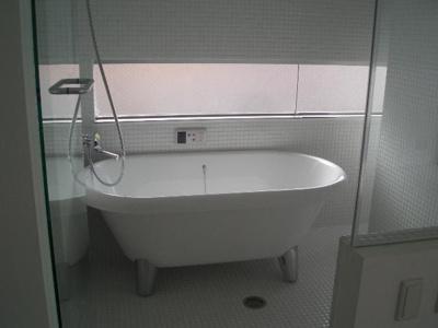 【浴室】是空十三
