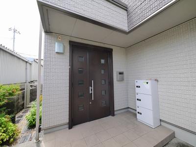 【玄関】シャーメゾン富雄