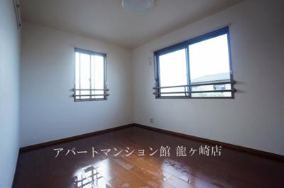 【寝室】プリマベーラA