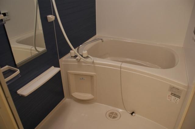 【浴室】セレノアロッジオ3