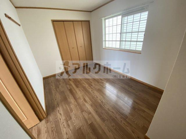 メゾンドエスポワール(柏原市円明町) 寝室