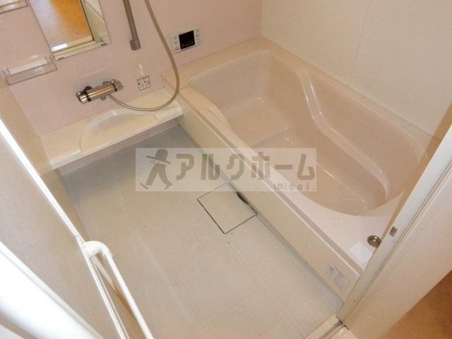 ソレイユアン(柏原市古町・JR柏原駅) 浴室