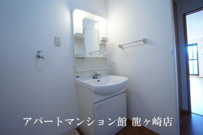 【独立洗面台】ハイツメルベーユ