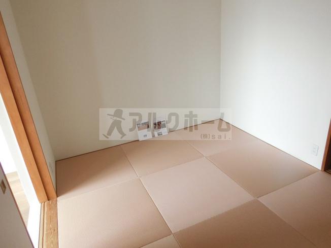 第6コーポ平野 和室