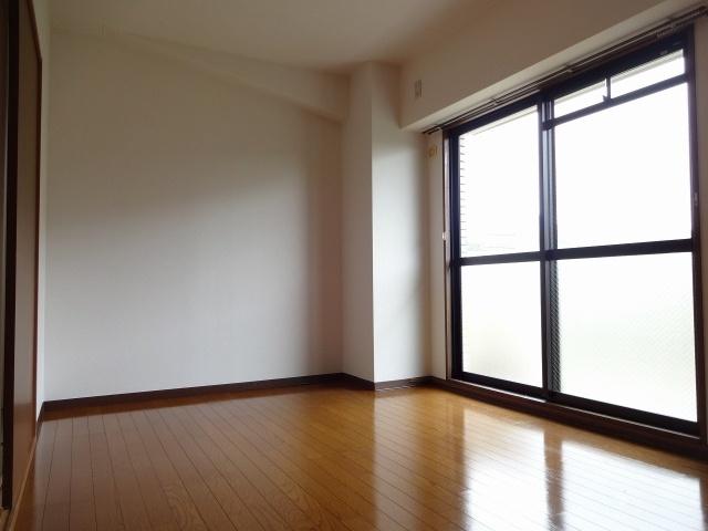 ラシェーヌ 洋室