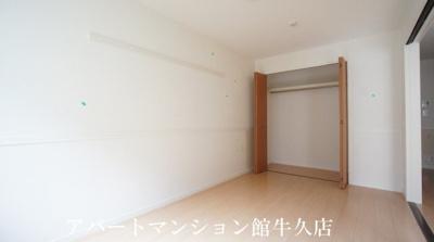 【洋室】フォレストスクエア