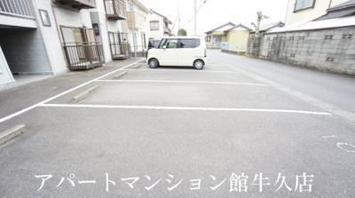 【駐車場】壱番館