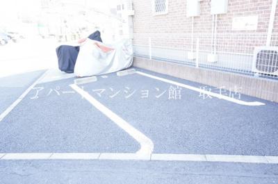 【駐車場】サイドウォーク