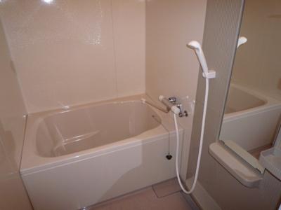 【浴室】栄楽荘