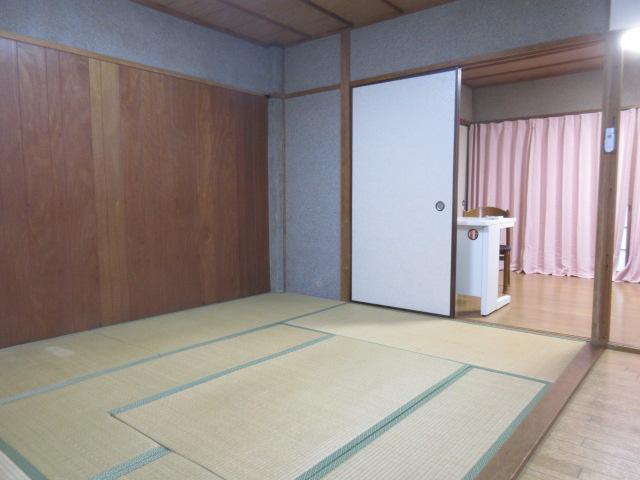 【洋室】クオリア西大寺