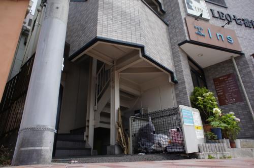 【エントランス】LEO七番館