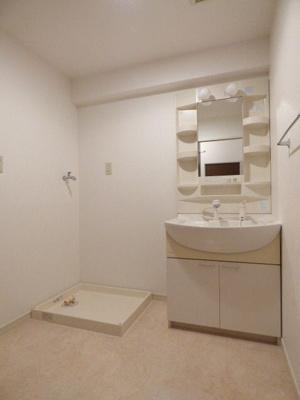 サンアロマ高砂301 (3LDK) 独立洗面台