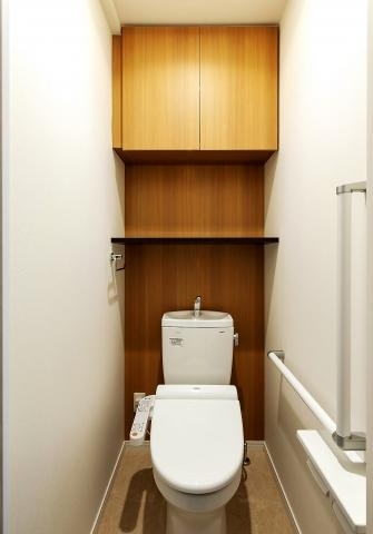 PIER PARK 渡辺通 (1LDK) トイレ