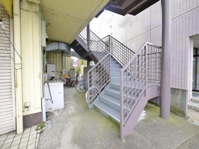 共用階段スペース