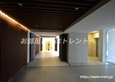 【ロビー】ザパークハウス中野坂上レジデンス