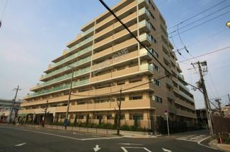 平成23年 建築のマンションです