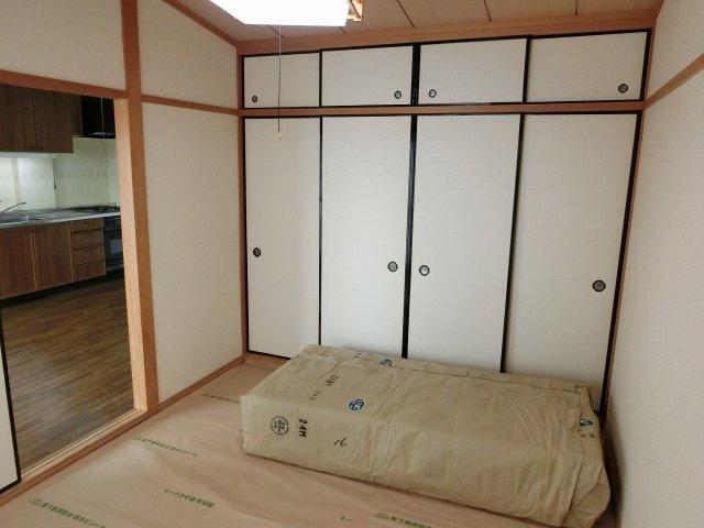 ルモン高安 寝室