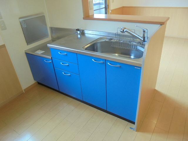 カトルセゾンC棟 対面式キッチン