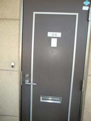 【玄関】ラビットハウス平田3