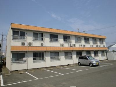新井町 単身者 駐車場1台込み 買い物便利 ワンルーム お風呂・トイレ同室 6帖 学生可
