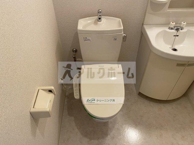 カサデラジェイ トイレ