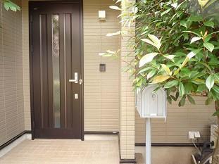 【エントランス】カーサ・牟礼(三鷹台賃貸一戸建て)
