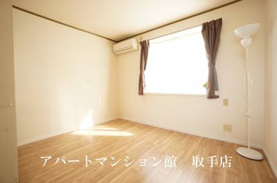 【居間・リビング】サンラフォーレ吉田