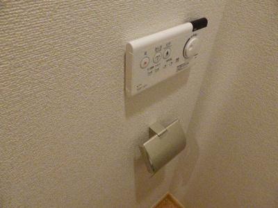 シャワートイレも標準装備
