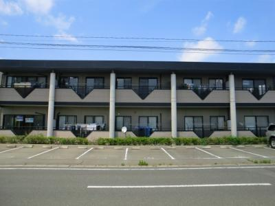 新井町 エアコン2台付 駐車場1台込み カウンタキッチン シャンプードレッサー付