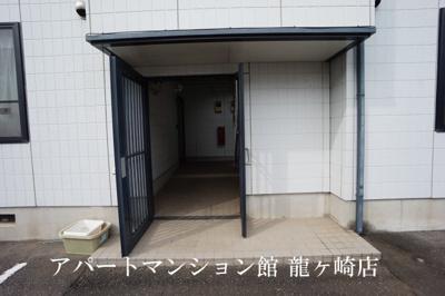 【エントランス】タウンヒル松葉B棟
