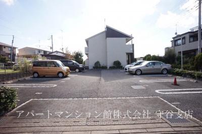 【駐車場】フルールA