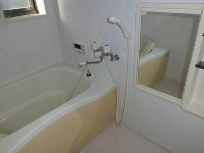 【浴室】ファミール取石