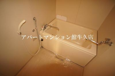 【浴室】ホワイトビレッジF