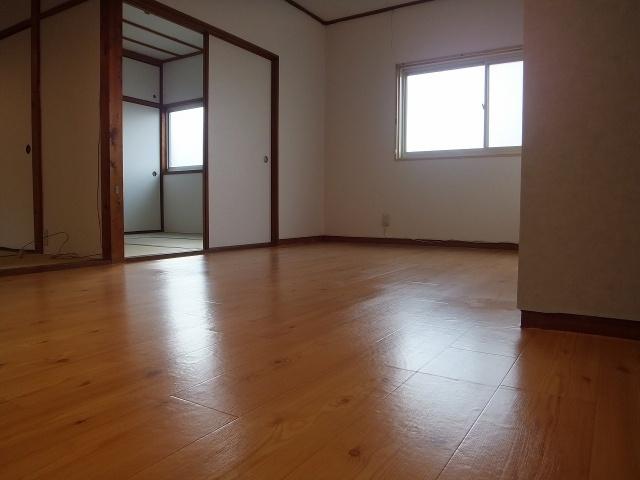【居間・リビング】大原テラスハウス