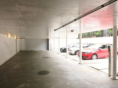 【駐車場】ヒルハウス