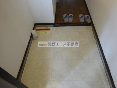 【玄関】サイレンスハイム