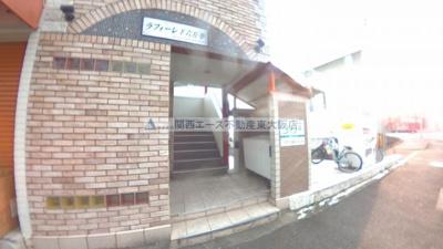 【エントランス】ラフォーレ下六万寺