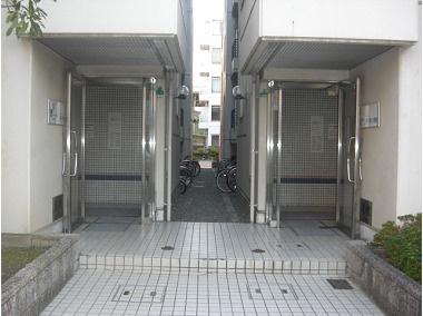【エントランス】アメニティ新大阪2番館