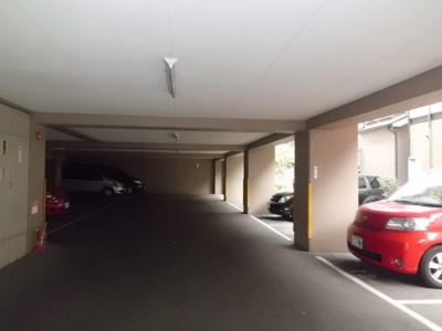 【駐車場】ラ・アバンセ