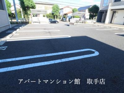 【駐車場】シャン・ド・フルールⅢ