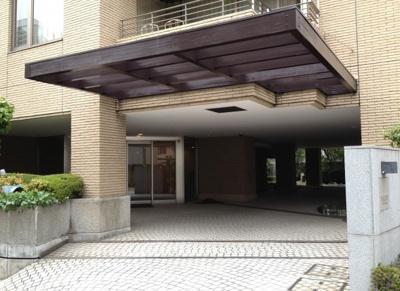 【エントランス】青山北町パーク・マンション