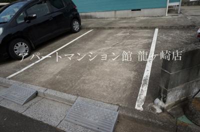 【駐車場】シェルバーンハウス