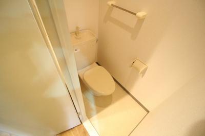 【トイレ】イーナ板宿